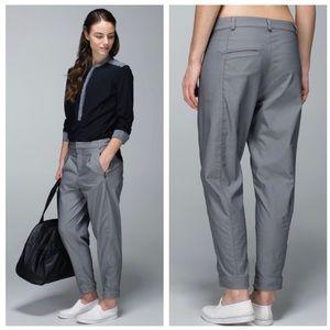 LULULEMON Get It On Pleated 7/8 Pants LARGE